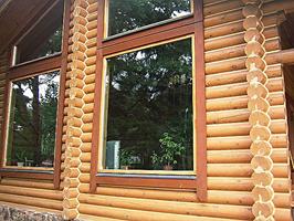 Швы в деревянном доме заполнены герметиком шовным eurotex(цвет-белый)